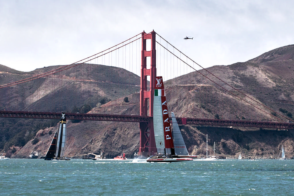 Luna Rossa heads back downwind as Artemis loses more ground. - America's Cup © Chuck Lantz http://www.ChuckLantz.com