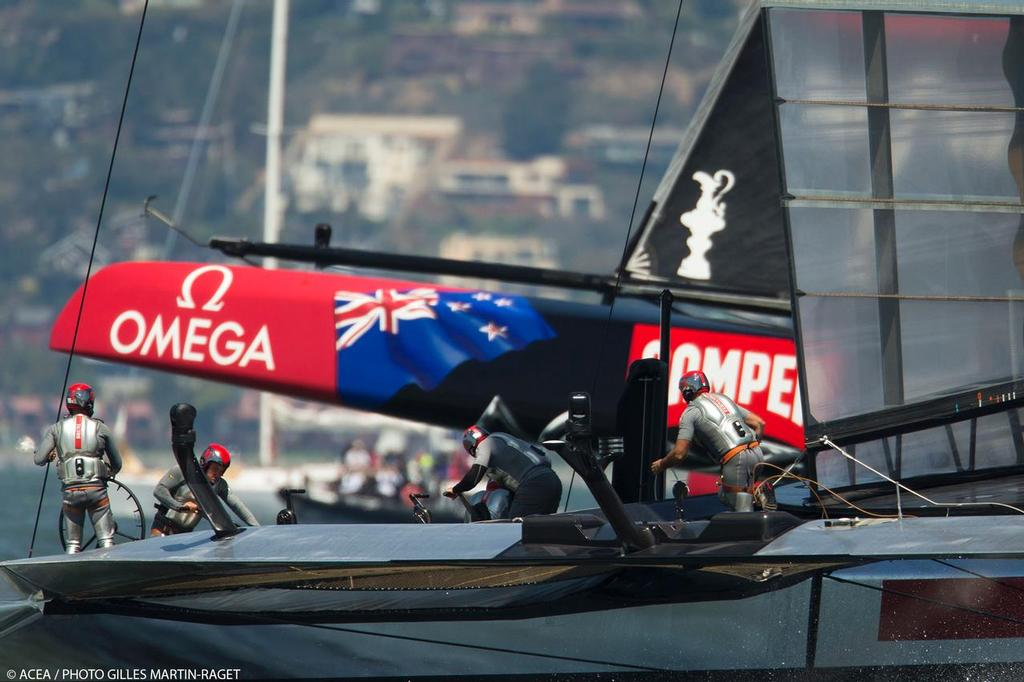 Emirates Team NZ and Luna Rossa - Louis Vuitton Cup Final, Day 4, Race 4 © ACEA - Photo Gilles Martin-Raget http://photo.americascup.com/