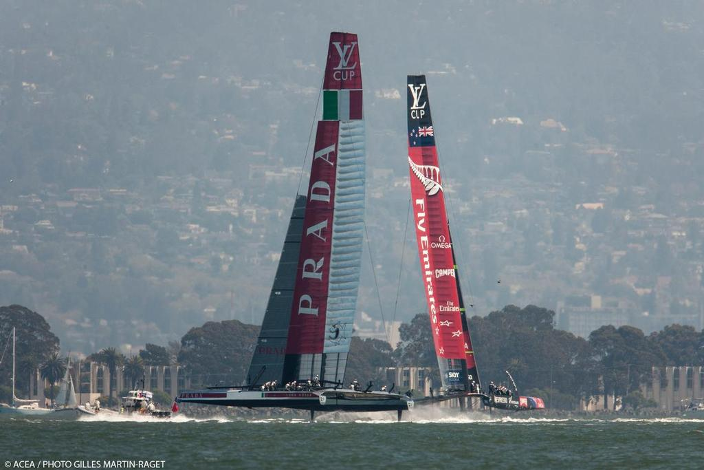 Emiartes Team NZ and Luna Rossa - Louis Vuitton Cup Final, Day 4 © ACEA - Photo Gilles Martin-Raget http://photo.americascup.com/