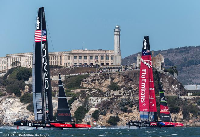 San Francisco,<br /> 34th AMERICA&rsquo;S CUP<br /> America&rsquo;s Cup Final<br /> Emirates Team New Zealand Oracle Team USA<br />  &copy; Luna Rossa Challenge S.L. 2007 www.lunarossachallenge.com