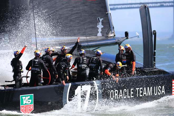 25/09/2013 - San Francisco (USA,CA) - 34th America's Cup - Oracle Team USA vs Emirates Team New Zealand, Race Day 15 © ACEA - Photo Gilles Martin-Raget http://photo.americascup.com/