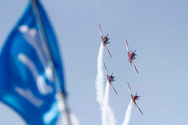 Festival Of Sails 2012, Royal Geelong Yacht Club, Geelong (AUS), RAAF Roulettes © Royal Geelong Yacht Club