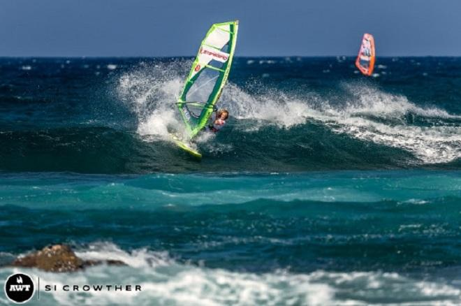 13-year-old Jake Schwetti wins...despite sailing half a heat. - Amateur bracket of the AWT Severne Starboard Aloha Classic 2014 © Si Crowther / AWT http://americanwindsurfingtour.com/