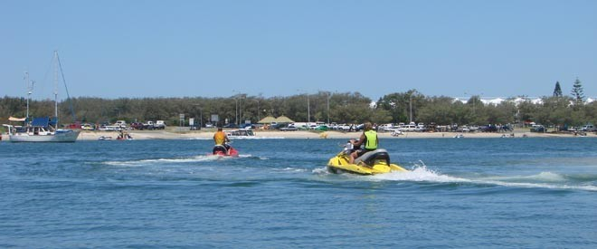 Some jetskiers DO observe the speed limits © BW Media