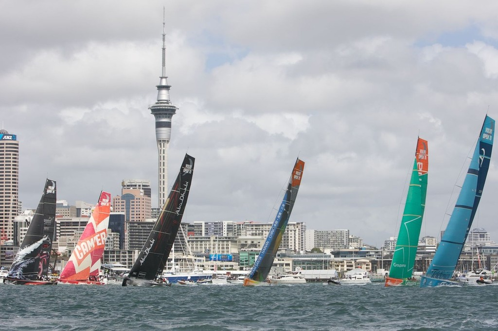 Volvo Ocean Race Auckland In-Port Race 17.03.2012  © Scott Taylor http://www.scottiet.com