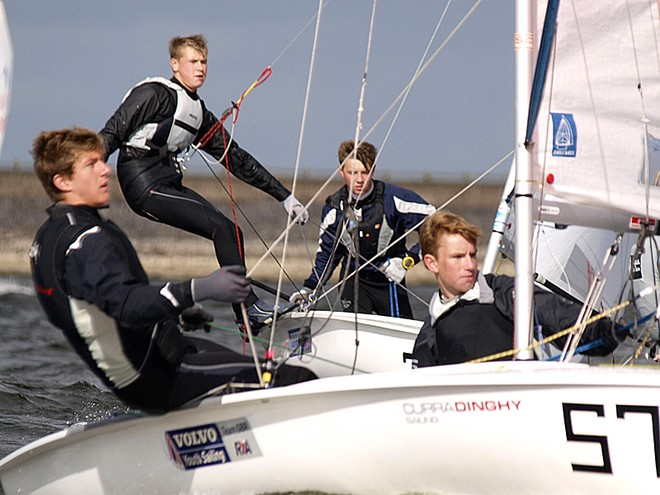 UK 420 Inland Championships – Ben Hazeldine & Rhos Hawes and Tony Morsley & James Dodd © Philip Alton