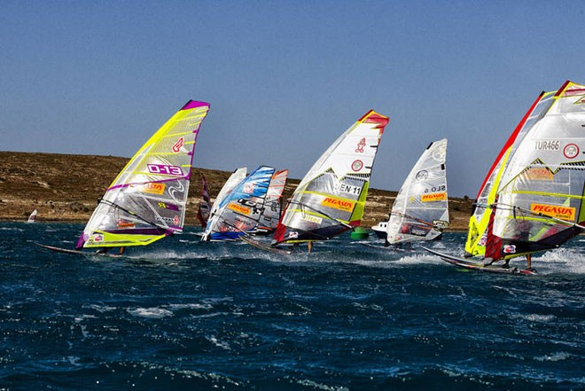 Kurosh nails a start - PWA Pegasus Airlines World Cup 2012 ©  John Carter / PWA http://www.pwaworldtour.com