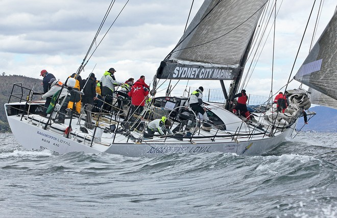 Into the new breeze - Rolex Sydney Hobart Race 2012 © Crosbie Lorimer http://www.crosbielorimer.com