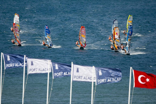 Sarah Quita leads race four - PWA Pegasus Airlines World Cup 2012 ©  John Carter / PWA http://www.pwaworldtour.com