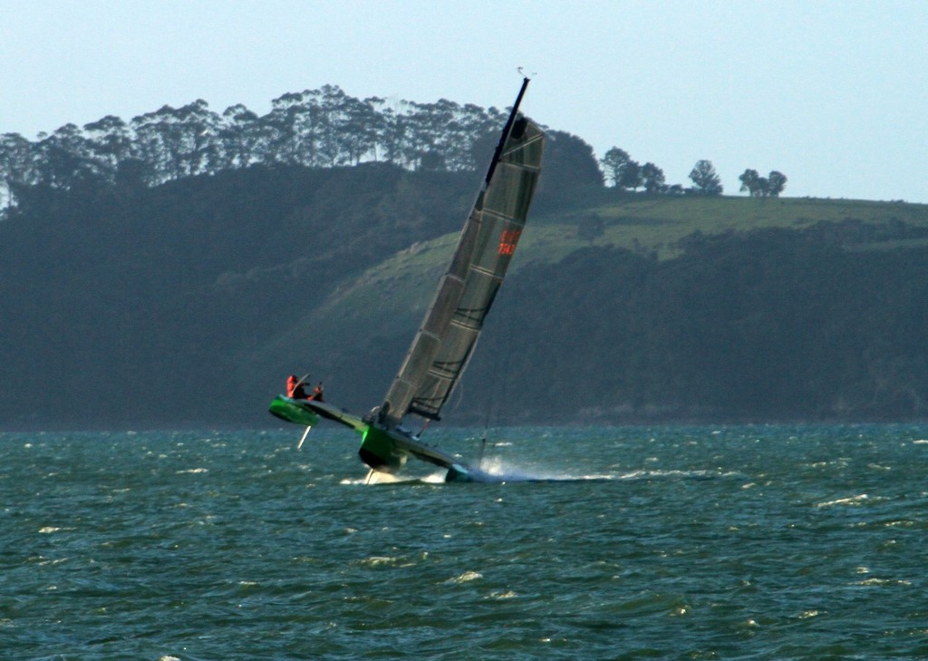 Timberwolf finishes the 2012 Coastal Classic in Russell © Steve Western www.kingfishercharters.co.nz