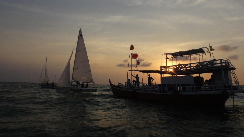 Dusk - what dusk? - Matchrace after dark - Matchrace Thailand Open Nationals, First day © Alex Samaras