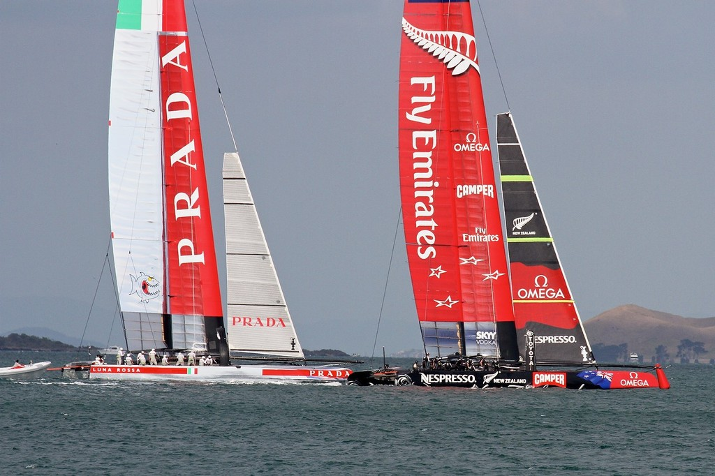 Emirates Team NZ keeps clear of Luna Rossa in the final seconds of the prestart - AC72 Race Practice - Takapuna March 8, 2013 © Richard Gladwell www.photosport.co.nz