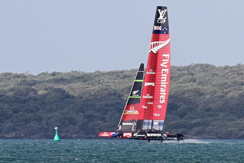 Emirates Team NZ gets into her work on the downwind leg - AC72 Race Practice - Takapuna March 8, 2013 © Richard Gladwell www.photosport.co.nz