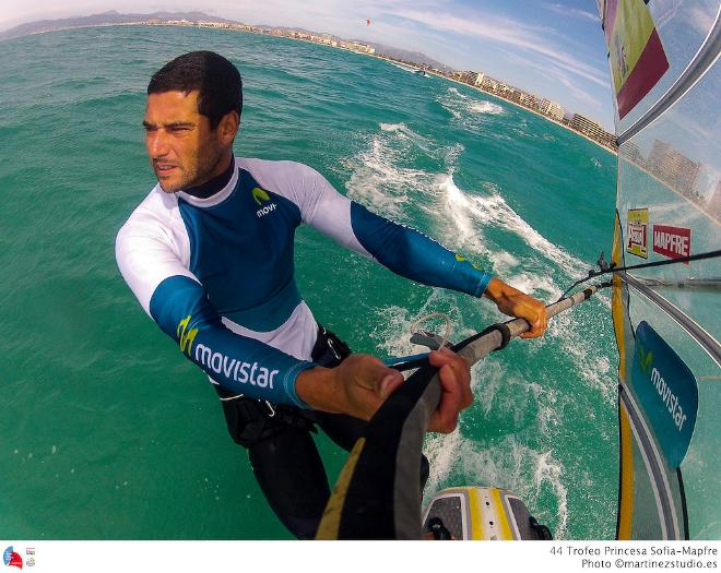 RS:X training in strong winds - 43rd Trofeo Princesa Sofia Mapre © MartinezStudio.es