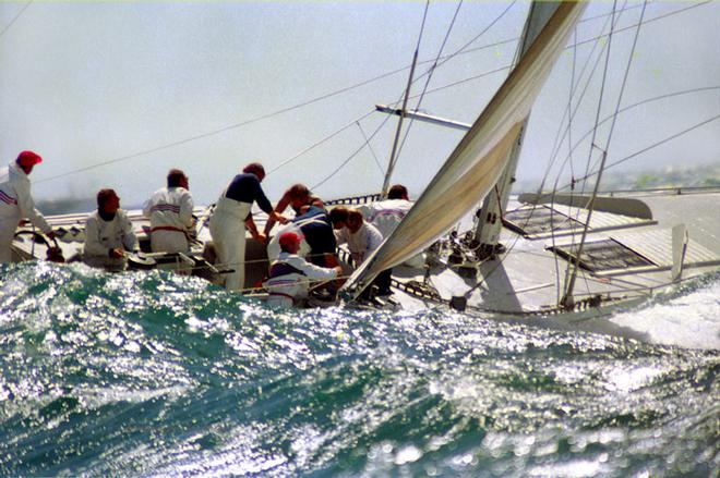 1987 America's cup- AmericasCupStars & Stripes 1987  © Kenyon Sports