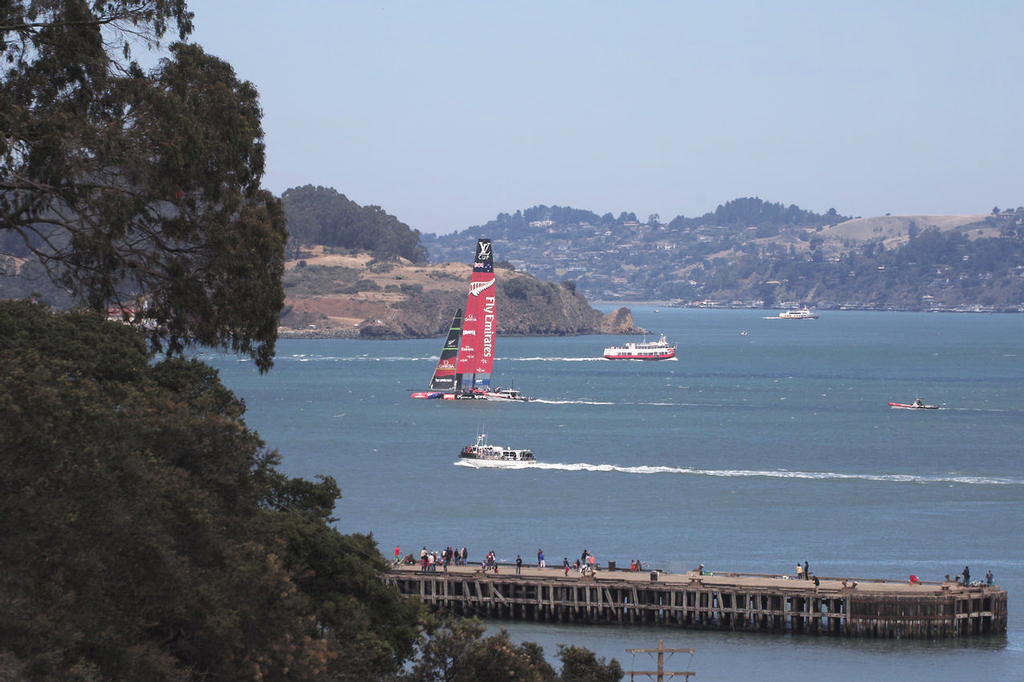 ETNZ sails towards the Golden Gate bridge, just out of sight to the right - America's Cup © Chuck Lantz http://www.ChuckLantz.com