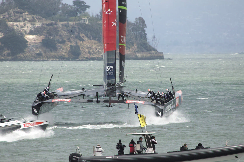 As ETNZ settles-in, the photographers on the media boat burn some pixels.  - America's Cup © Chuck Lantz http://www.ChuckLantz.com