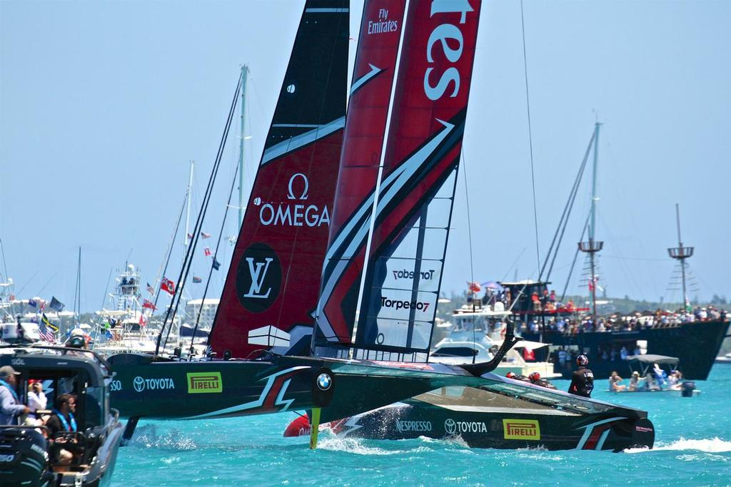 Emirates Team New Zealand crosses the finish line in Race 3 - 35th America's Cup Match - Race 3 - Bermuda  June 18, 2017 © Richard Gladwell www.photosport.co.nz