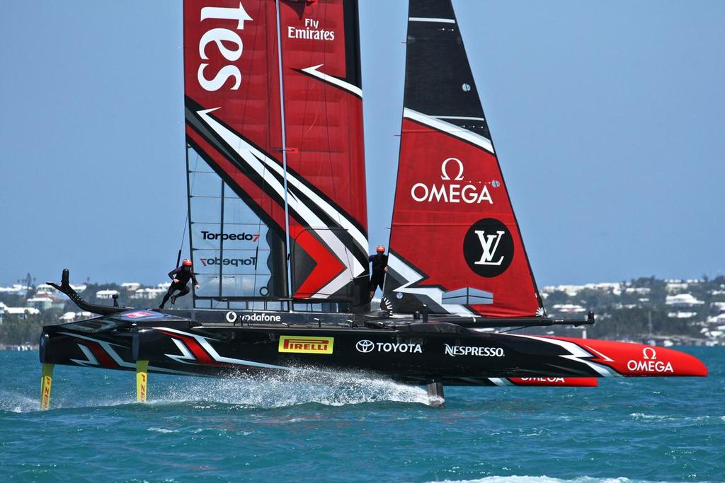 Emirates Team New Zealand  - 35th America's Cup Match - Race 4 - Bermuda  June 18, 2017 © Richard Gladwell www.photosport.co.nz