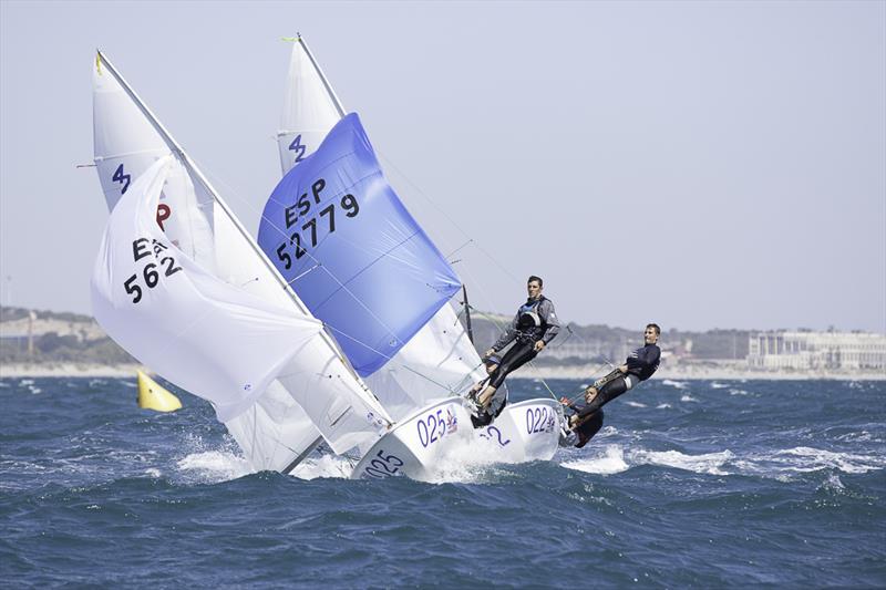 420 world championship at fremantle sailing club day 1
