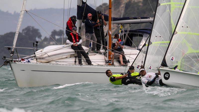 The 49er Medal race gets under way with Burling and Tuke under the watchful eyes of the race Committee - 49er Worlds, - Day 6 - Auckland, December 3-8, - photo © Richard Gladwell / Sail-World.com