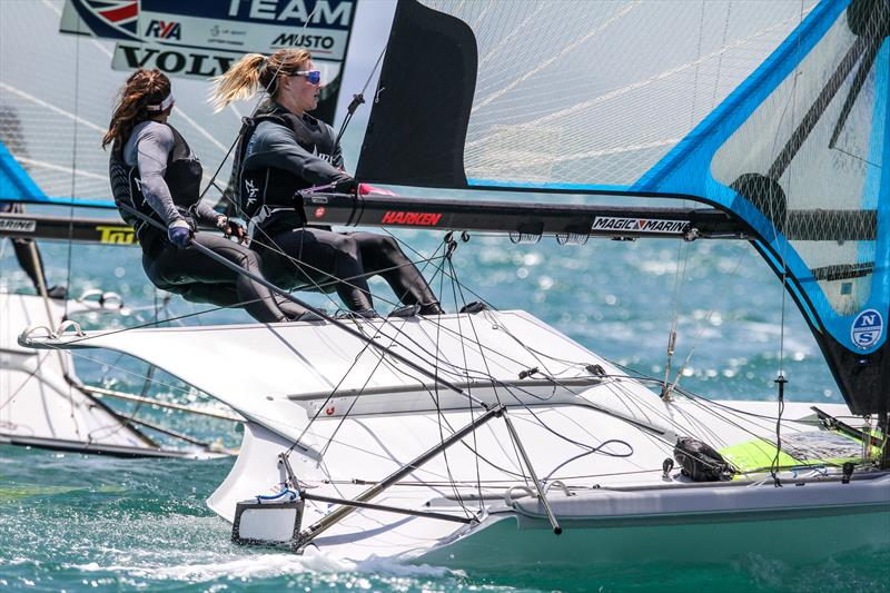 Alex Maloney and Molly Meech (NZL) - 49er FX - Hyundai Worlds - Day 2 , December 4, 2019, Auckland NZ - photo © Richard Gladwell / Sail-World.com
