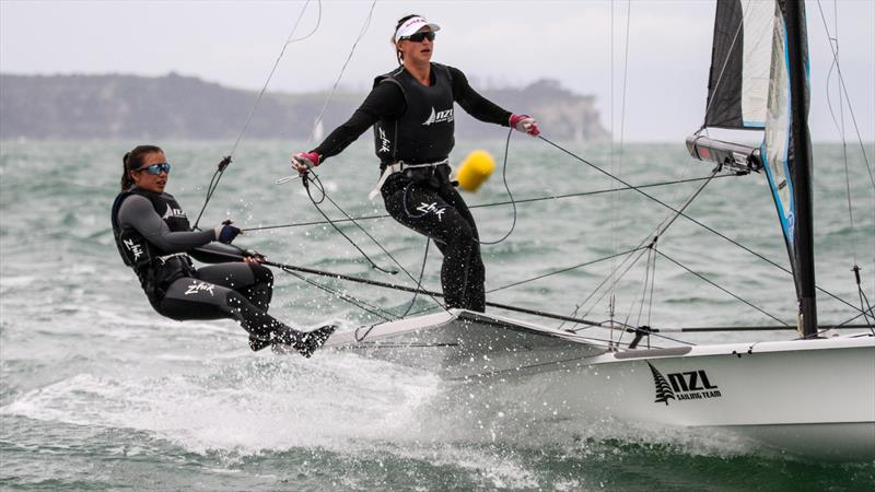 Alex Maloney and Molly Meech (NZL on their way to finish 7th in the 49er FX Medal Race - Hyundai Worlds - December 2019 - photo © Richard Gladwell / Sail-World.com