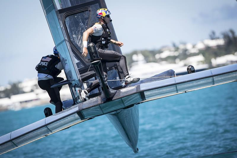 Skipper of the Oracle Team USA Jimmy Spithill and grinder Graeme Spence of Australia sail during the Louis Vuitton America's Cup Match in Hamilton, Bermuda - photo © Sander van der Borch / ACEA / Red Bull Content Pool