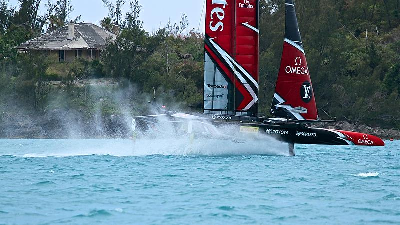 Emirates Team New Zealand leaves a misty rooster tail - Round Robin 2, Day 7 - 35th America's Cup - Bermuda June 2, 2017 - photo © Richard Gladwell