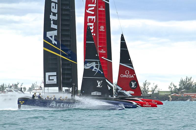 Artemis Racing and Emirates Team NZ start - Challenger Finals, Day 15 - 35th America's Cup - Bermuda June 11, 2017 - photo © Richard Gladwell