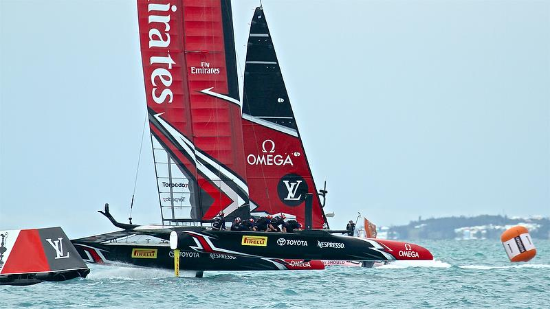 Emirates Team New Zealand - Rounds Mark 5, Race 5 - Challenger Final, Day 2 - 35th America's Cup - Day 15 - Bermuda June 11, 2017 - photo © Richard Gladwell