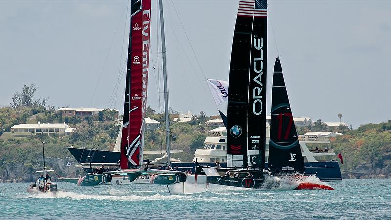 60secs before the start - America's Cup 35th Match - Match Day1 - Regatta Day 17, June 17, 2017 (ADT) - photo © Richard Gladwell