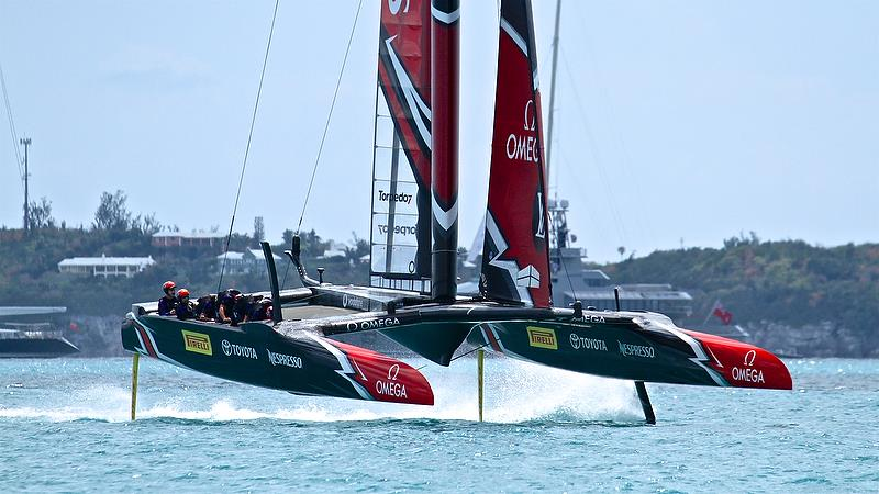 Emirates Team New Zealand at the start of Race 2 - 35th America's Cup Match - Bermuda June 17, 2017 photo copyright Richard Gladwell taken at  and featuring the AC50 class