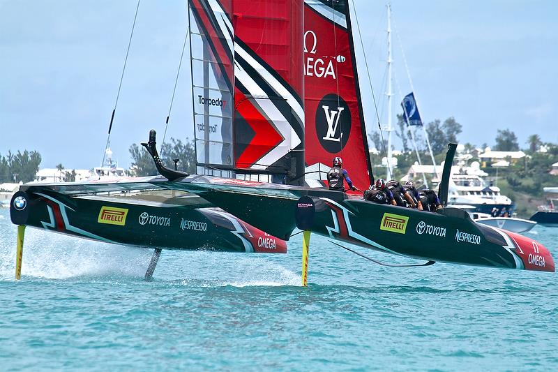 Emirates Team New Zealand sets off down Leg 4 - America's Cup 35th Match - Match Day 5 - Regatta Day 21, June 26, 2017 (ADT) - photo © Richard Gladwell