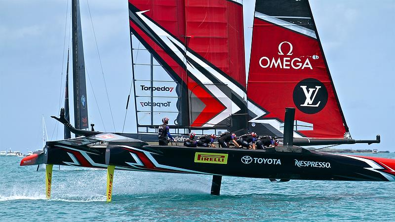 Rounding Mark 3, Emirates Team New Zealand was well in control - America's Cup 35th Match - Match Day 5 - Regatta Day 21, June 26, 2017 (ADT) - photo © Richard Gladwell