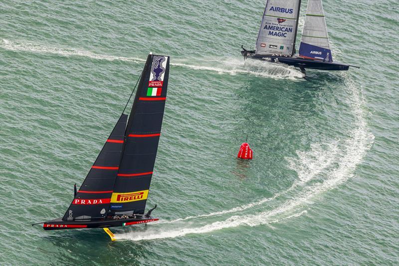 Luna Rossa Prada Pirelli vs New York Yacht Club American Magic on day 2 of PRADA ACWS Auckland - photo © COR36 / Studio Borlenghi