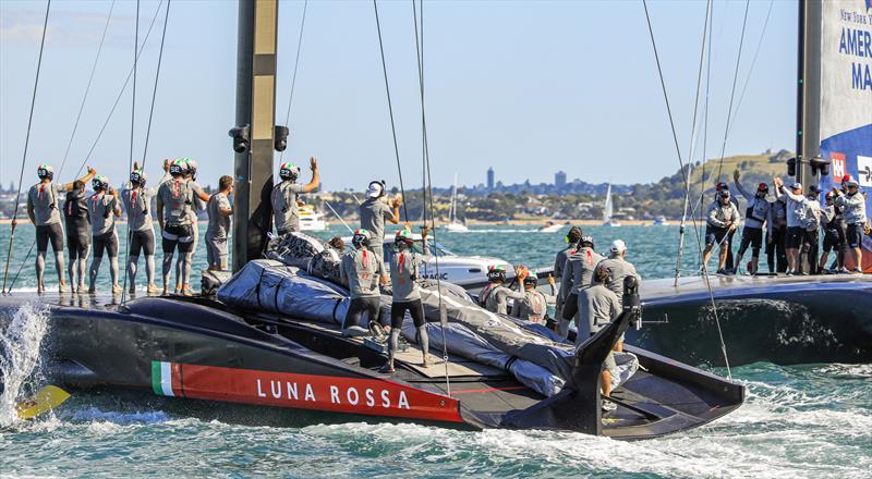 Luna Rossa Prada through to the final of the PRADA Cup - photo © COR36 / Studio Borlenghi