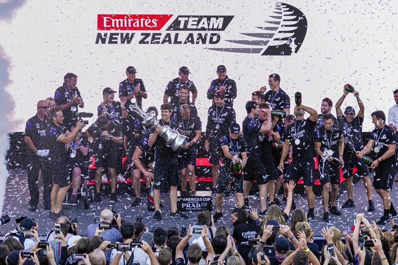 Emirates Team New Zealand Background 8