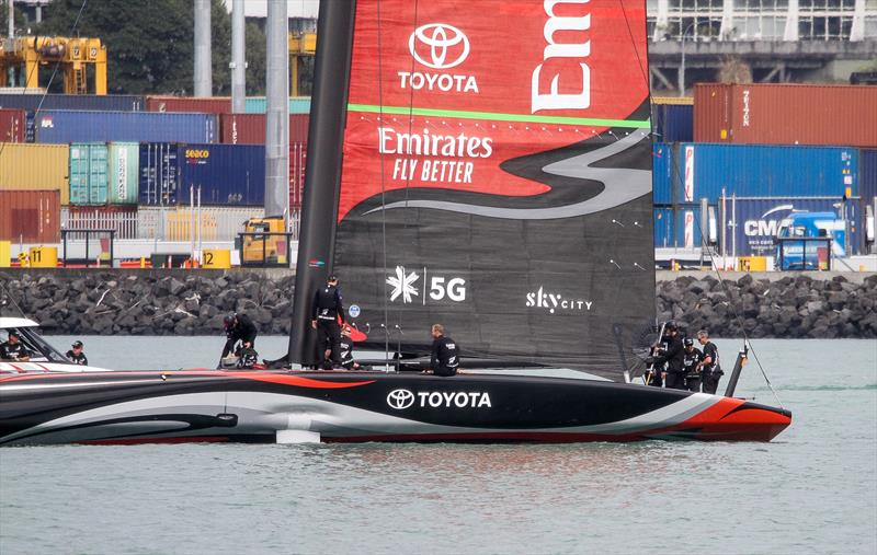 Emirates Team New Zealand - Deck sweeper mainsail with support spar holding clew- Waitemata Harbour - Day 3 - September 19, 2019 - photo © Richard Gladwell