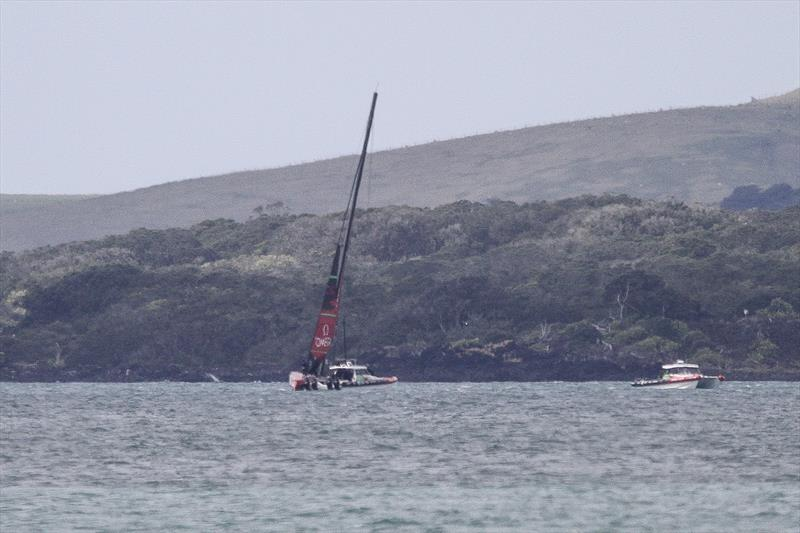 Emirates Team New Zealand setting up off Rangitoto with a very short hoist jib - Waitemata Harbour - September 22 - photo © Richard Gladwell