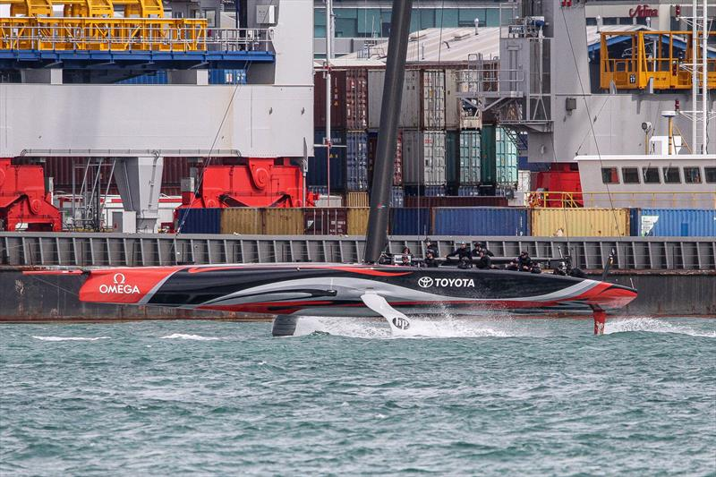 Emirates Team New Zealand tows out - Waitemata Harbour - September 22 - photo © Richard Gladwell