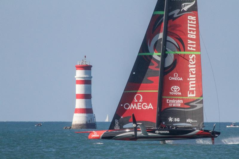 America's Cup: Emirates Team NZ has a trying day