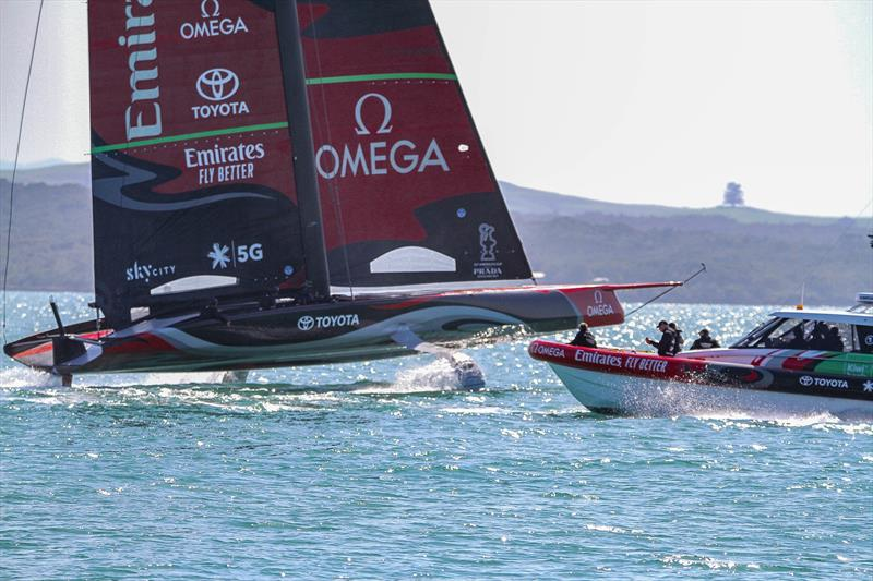 Sail-World NZ e-magazine: Nov 10 - AC75 images and video including that splashdown