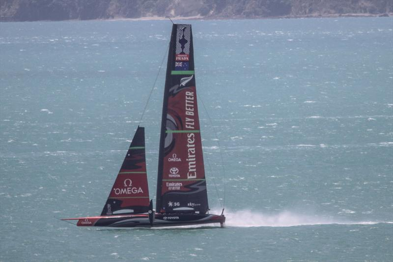 Emirates Team New Zealand returns home from The Paddock sailing in 25kt winds - photo © Richard Gladwell / Sail-World.com