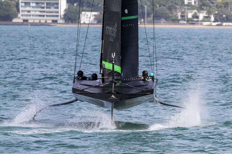 America's Cup: Te Kahu dry tacking and gybing - Image gallery