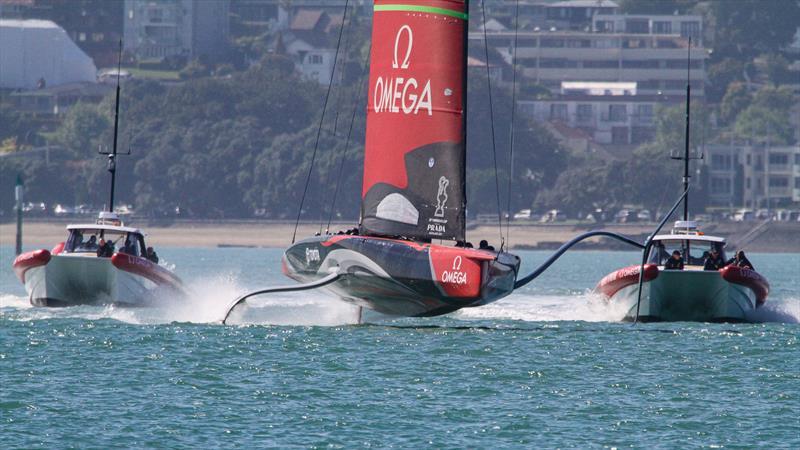 Emirates Team NZ's Te Aihe starts a day's training session - photo © Richard Gladwell / Sail-World.com
