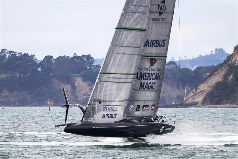 American Magic's Defiant closes fast on a racing mark dropped by the team - 30 July 2020 - Waitemata Harbour  - photo © Richard Gladwell / Sail-World.com