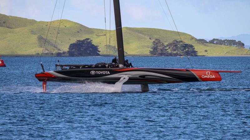 Te Aihe - tows home - AC75 practice Hauraki Gulf - August 13, 2020 - 36th America's Cup - photo © Richard Gladwell / Sail-World.com