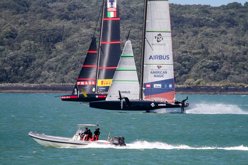 America's Cup Rialto: Nov 17 - AC75's in hot pursuit