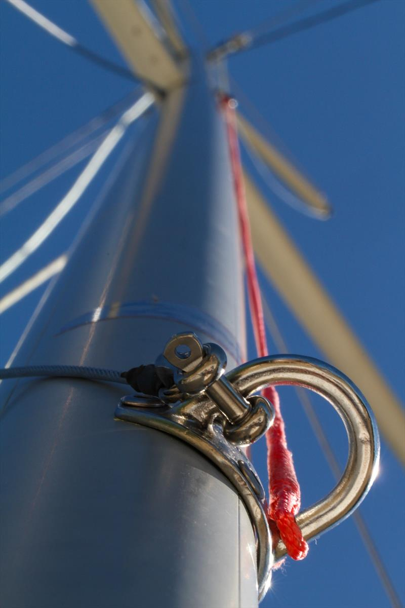 Allen fittings on a Petticrows Dragon mast - photo © Petticrows